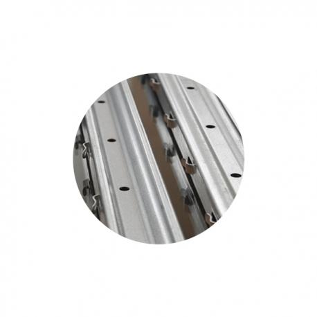 Sloupek k lesnickému pletivu 50x30 mm, výška 250 cm